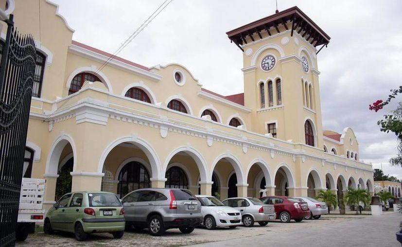 La Escuela Superior de Artes de Yucatán festeja 10 años de fundación. (Milenio Novedades)