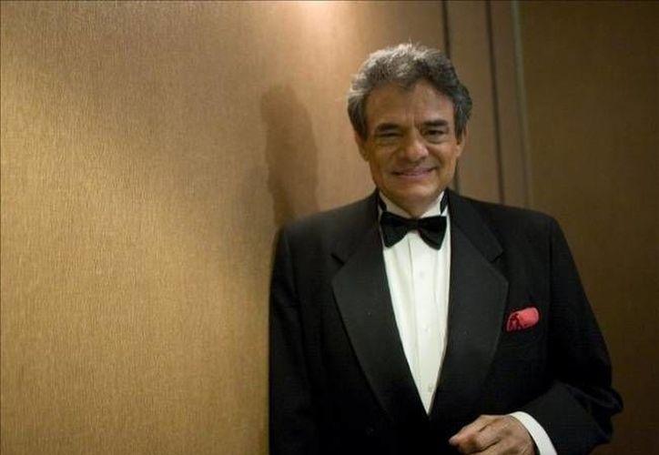 """El """"Príncipe de la Canción"""" informó que la gira con la que piensa celebrar sus 50 años de trayectoria comienza el 30 de agosto. (noticiasmvs.com)"""