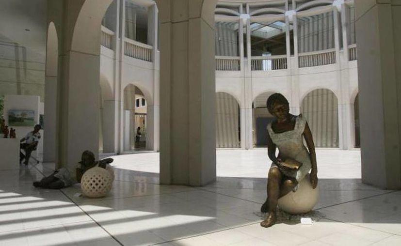 """El centro Cultural Olimpo se vestirá de gala con  la exposición """"Querido Fernando: Castro Pacheco y García Ponce"""", a partir del 15 de enero. (Archivo SIPSE)"""