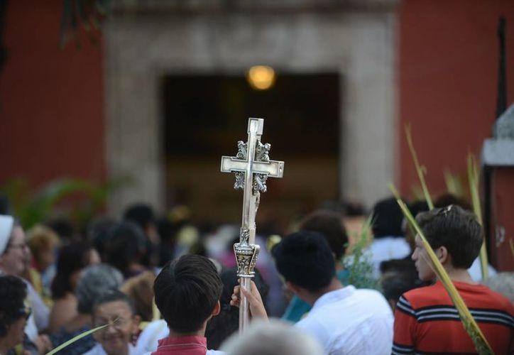 La Pascua Juvenil Universitaria 2015 es un evento católico que reúne a más de 400 jóvenes. (Luis Pérez/SIPSE)
