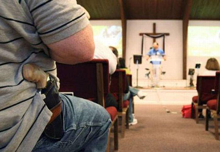La nueva ley permitirá a algunas personas llevar pistolas en fundas sin necesidad de un permiso.(elcomercio.pe)
