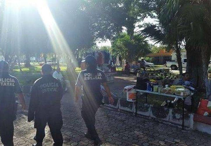 Elementos policíacos recorren las zonas populares de Chetumal. (Cortesía)