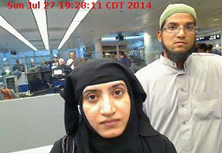 Estados Unidos podrá revisar las cuentas en redes sociales de los solicitantes de visa, tras el caso de Tashfeen Malik, autora de la matanza de San Bernardino, quien expresó en Facebook su apoyo a la Yihad. (AP)