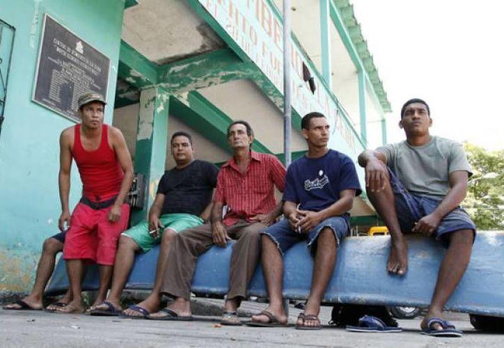 Los balseros rescatados en Yucatán ya están de nuevo en Mérida para viajar a Estados Unidos. (Foto de contexto/laprensa.hn)