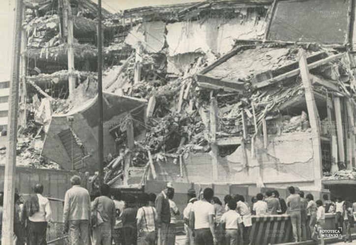El temblor registrado durante la noche del jueves  fue incluso más intenso que el del sismo de 1985. (Milenio).