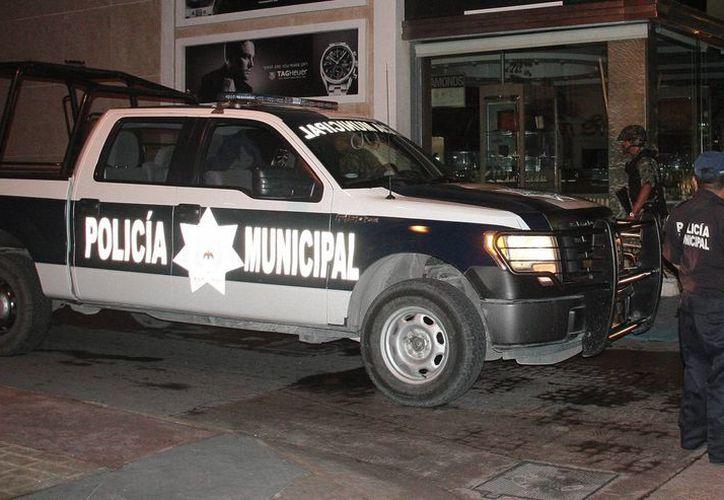 Seguridad Pública tiene 33 autopatrullas, pero 14 están fuera de servicio. (Julián Miranda/SIPSE)