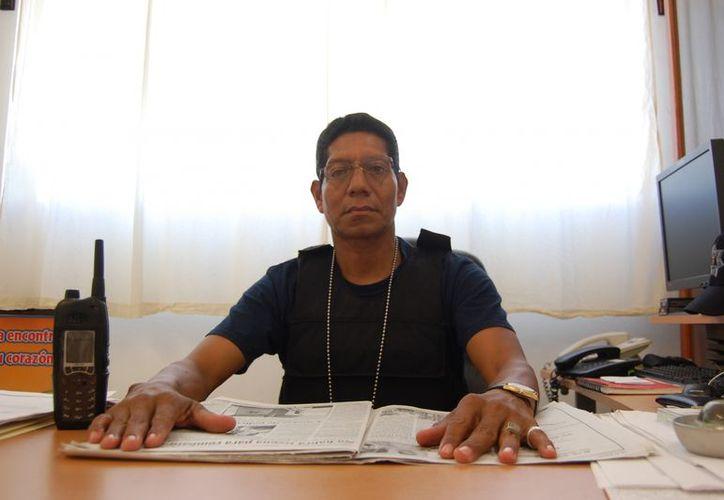 Tras la destitución de Ernesto Hernández Morales (en la foto), Ignacio Moreno Mejía tiene el mando provisional del penal. (Redacción/SIPSE)