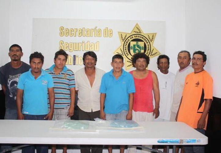 Pepineros detenidos por posesión de marihuana. Se les acusa de delitos contra la salud. (SSP)