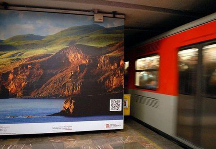 El especialista exhorta, que en lugar de las imágenes es mejor que autoridades del metro identifiquen a personas suicidas. (Foto: Milenio).