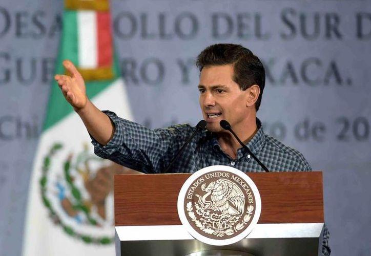 Los panistas aseguran que el gobierno de Enrique Peña Nieto está tomando 'malas decisiones para los mexicanos'. (Archivo/Notimex)