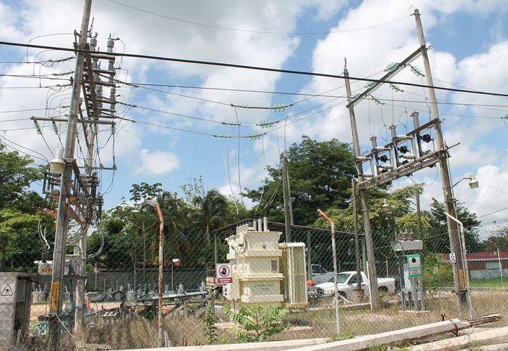 Reemplazarán varios aparatos de la subestación eléctrica. (Raúl Balam/SIPSE)