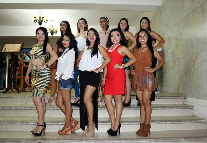 Jóvenes de entre 18 y 25 años participan en el concurso 'Imagen TV'. (José Acosta/Milenio Novedades)