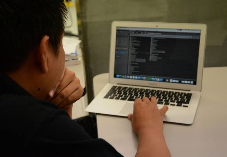 De los 150 cursos disponibles de Coursera, que ahora se promueven en Yucatán, 80 son totalmente en español y 70 han sido subtitulados o totalmente traducidos.