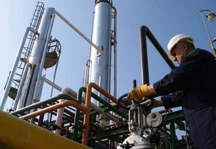 Las empresas sólo esperan las reformas secundarias de de la Reforma Energética. (Milenio)