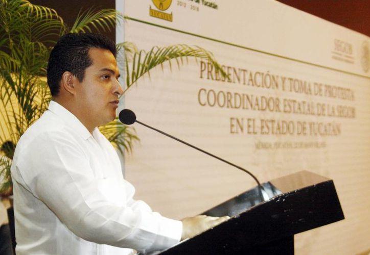 Omar Corzo Olán, coordinador de delegaciones federales en Yucatán, indicó que las medidas de blindaje electoral ya se aplican en dependencias como la Secretaría de Desarrollo Social (Sedesol), Liconsa, Diconsa y el programa Prospera. (Milenio Novedades)