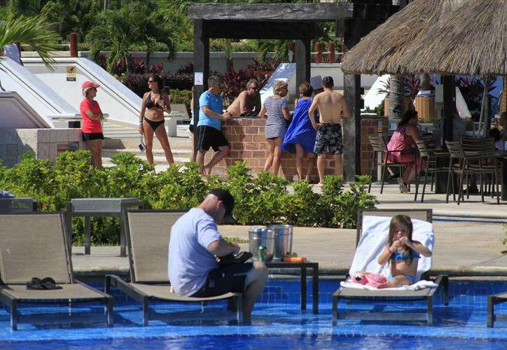 Los hoteles 'todo incluido' más populares se  encuentran en Cancún, Playa del Carmen, Cozumel e Isla Mujeres. (Sergio Orozco/SIPSE)