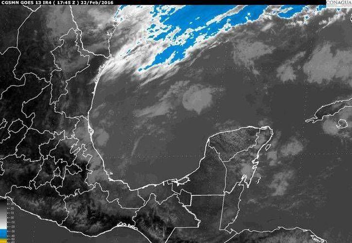 Imagen de satélite del Servicio Meteorológico Nacional, que muestra las condiciones climáticas en el Golfo de México, el lunes 22 de febrero de 2016.