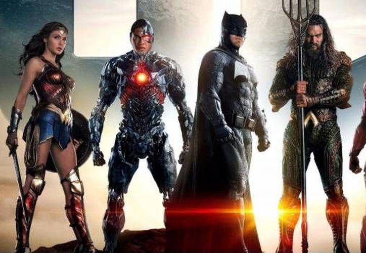 'Liga de la justicia' se estrenó a nivel mundial en el primer minuto de este viernes. (Foto: Contexto/Internet)