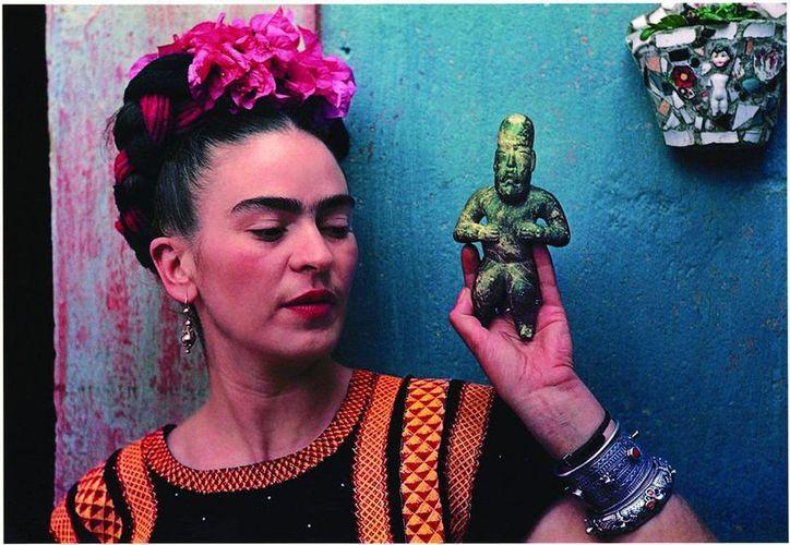 """Gisela Von Wobeser, egresada de la Facultad de Filosofía y Letras ofrecerá la conferencia """"Vida y obra de Frida Kahlo"""". (Redacción/SIPSE)"""