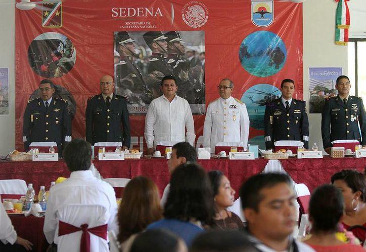 El evento protocolario tuvo lugar en las instalaciones de la Guarnición Militar. (Cortesía/SIPSE)