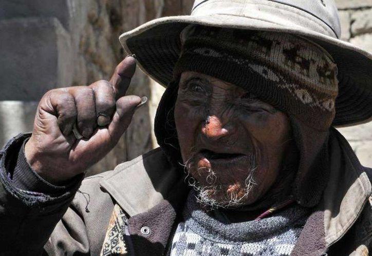 Imagen de archivo de Carmelo Flores Laura, quien fuera declarado  patrimonio de La Paz, Bolivia. (www.telegraph.co.uk)
