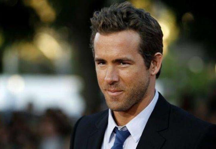 La representante de Ryan Reynolds aseguró que el actor se encuentra bien. (Archivo/AP)
