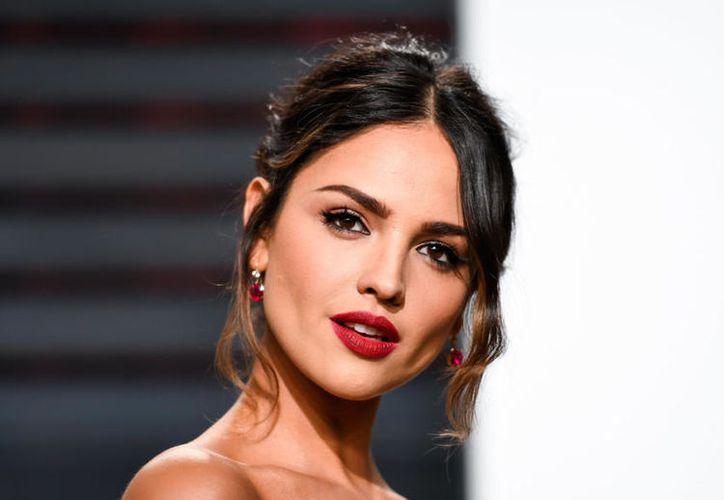 Eiza González protagonizará junto a la australiana Lucy Fry el thriller Highway. (Shutterstock).