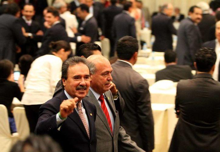 Emilio Gamboa Patrón durante una sesión del Senado en la sede alterna del Centro Banamex. (Notimex)