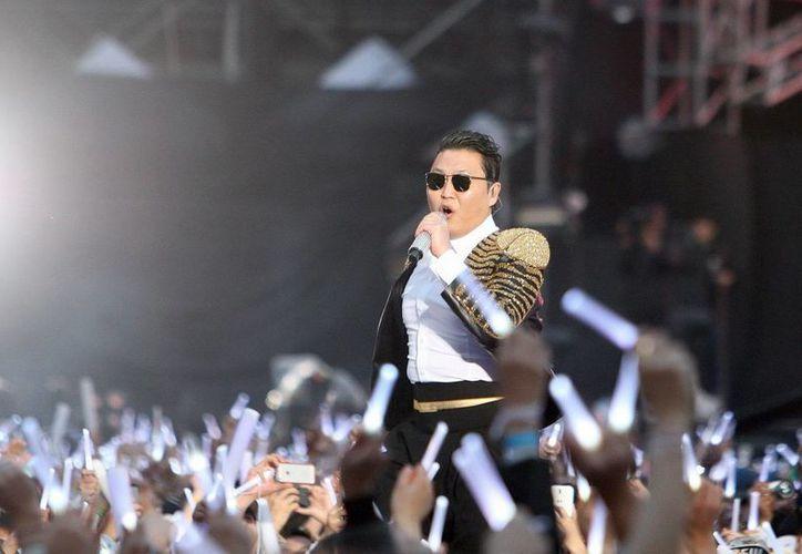 El cantante surcoreano Psy durante un concierto en Seúl, Corea del Sur. (EFE/Archivo)