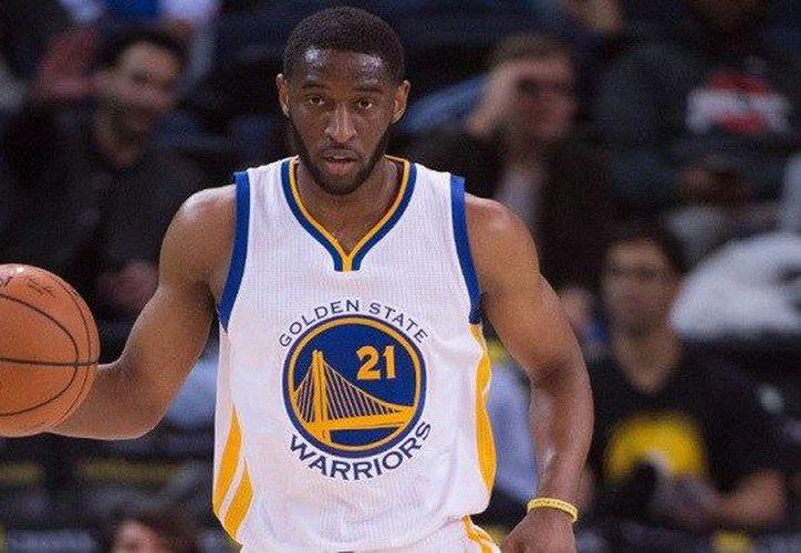 El guardia de 1.91 metros de estatura, ha participado en 196 partidos de temporada regular y tiene un promedio de 4.5 puntos. (NBA Maniacs)