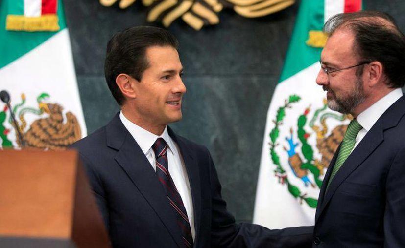 El Brujo Mayor señala que Peña Nieto ve en Luis Videgaray al candidato ideal para sucederlo en 2018. (Archivo/Presidencia)