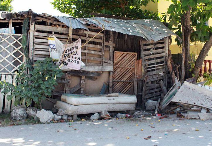 """Las """"casas rosas"""" buscan combatir el hacinamiento en las familias de escasos recursos de Cancún. (Redacción/SIPSE)"""