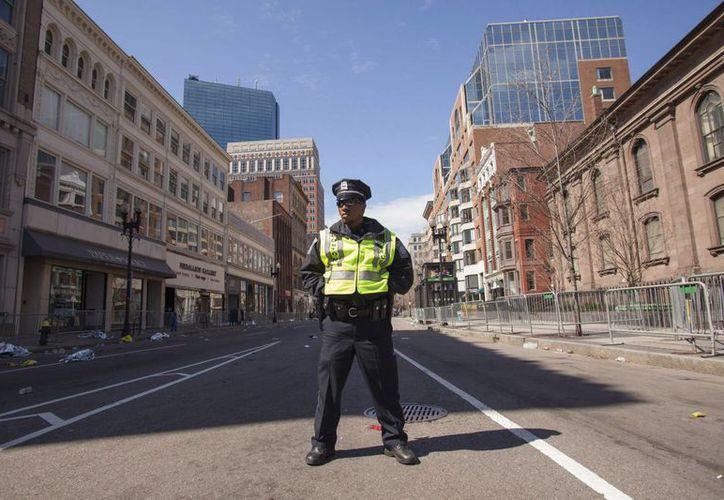 La ciudad de Boston regresa a la normalidad en medio de una inquietante calma. (EFE)