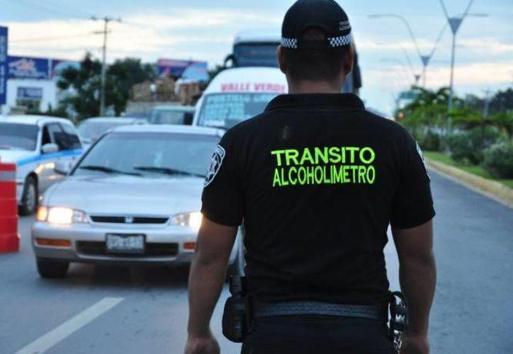 El operativo de alcoholímetro se implementa en diferentes puntos de la ciudad. (Redacción)