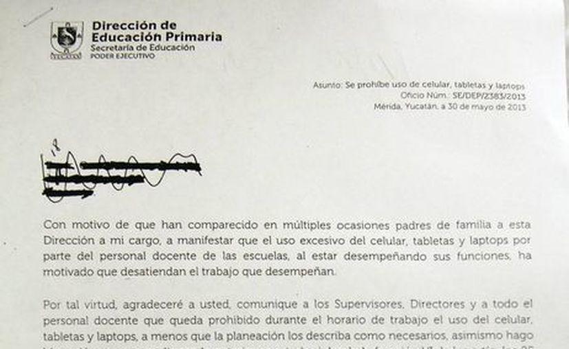 Circular firmada por el director de Educación Primaria, Delio Peniche. (SIPSE)