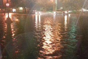 Aguacero inunda a Mérida