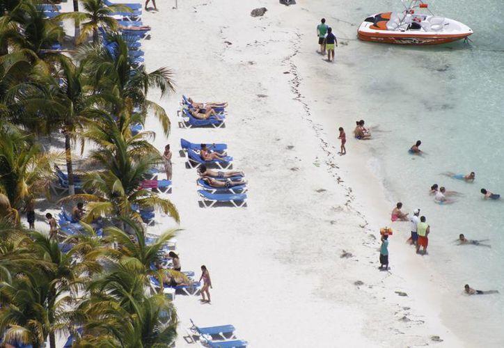 Tratan de que más turistas colombianos arriben a este destino. (Israel Leal/SIPSE)
