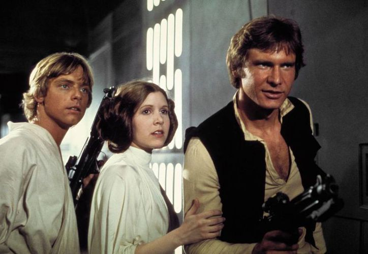 De i a d: Mark Hamill, Carrie Fisher y Harrison Ford, que volverán a dar vida a Luke Skywalker, la Princesa Leia y Harrison Ford. (corpseloot.com)