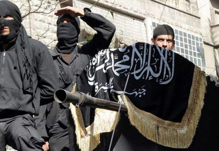 Especialistas estiman que el Estado Islámico ha dejado de ser una organización estructurada, en la que solo sus miembros perpetraban atentados. (Archivo/AFP)