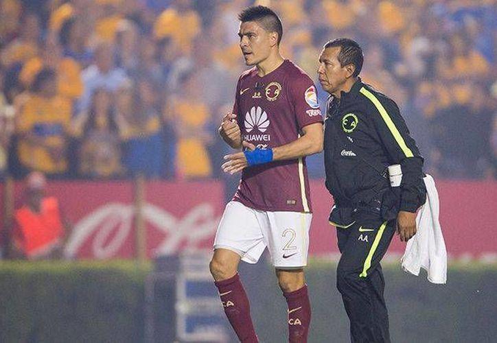 La Comisión Disciplinaria retiró este lunes la tarjeta roja al americanista Paolo Goltz. (Foto: imago7.com)
