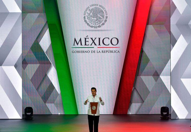Enrique Peña Nieto llamó a establecer buenas políticas para mejorar las expectativas turísticas de país. (Notimex)
