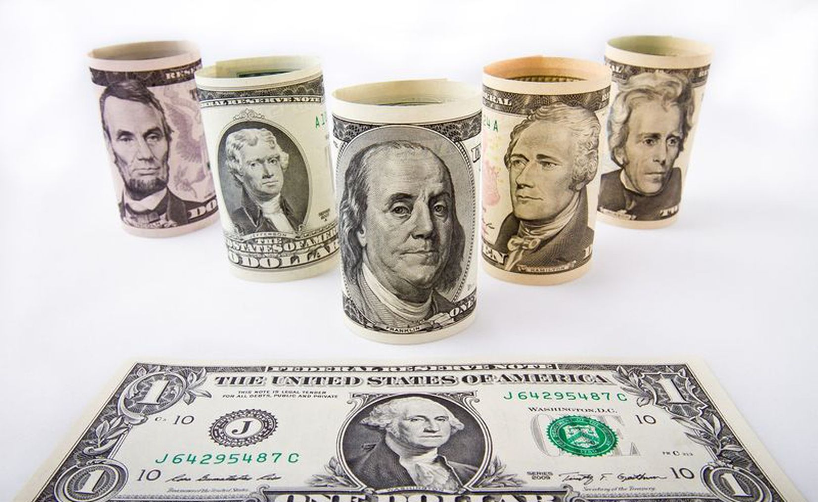 El 3 de julio bajó y cerró a $ 127 — Dólar blue hoy