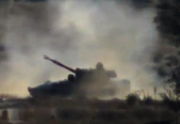 Imagen de un bombardeo cercano al aeropuerto al Maza en Damasco, capital de Siria. (Agencias/Foto de contexto)
