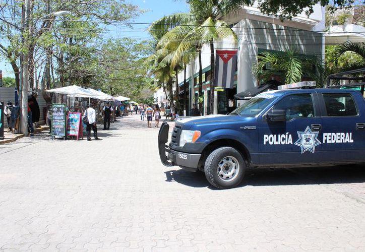 La Policía decidió realizar operativos preventivos con presencia en diversas partes de Playa del Carmen. (Foto: Adrián Barreto)