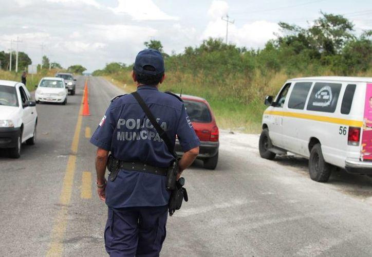 Son sólo cuatro elementos los que se encargan de brindar protección a cinco comunidades cercanas. (Edgardo Rodríguez/SIPSE)