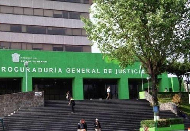 La Procuraduría General de Justicia del Estado de México ofrece varias recompensas por desaparecidos, entre ellas 500 mil pesos por una niña de 10 años. (edomexinforma.com)