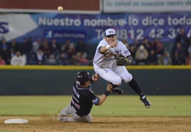 Tomateros ganó a Cañeros y empató la serie a dos en playoffs de la Liga Mexicana del Pacífico. (ligadelpacifico.com.mx)