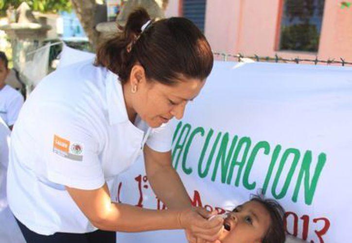 Las campañas de vacunación contra el sarampión estarán en Chetumal, Cancún, Playa del Carmen y Cozumel. (Harold Alcocer/SIPSE)