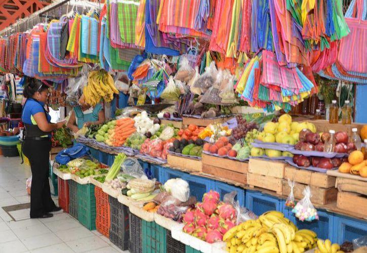 Algunos productos que tuvieron incrementos fueron la naranja, cebolla, jitomate, entre otros.