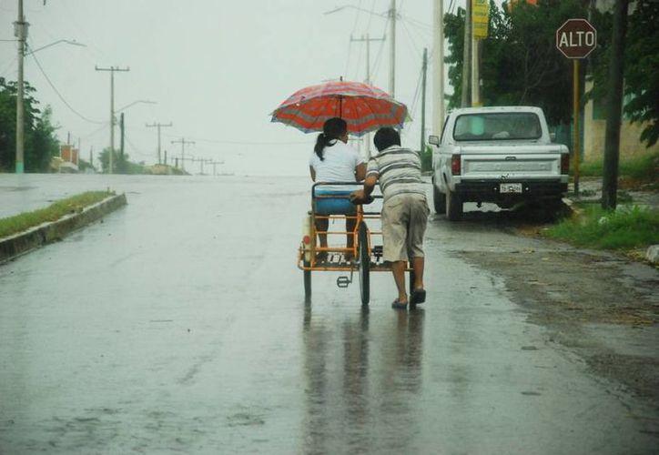 Recomiendan a la población extremar sus precauciones por las lluvias. (Paloma Wong/SIPSE)